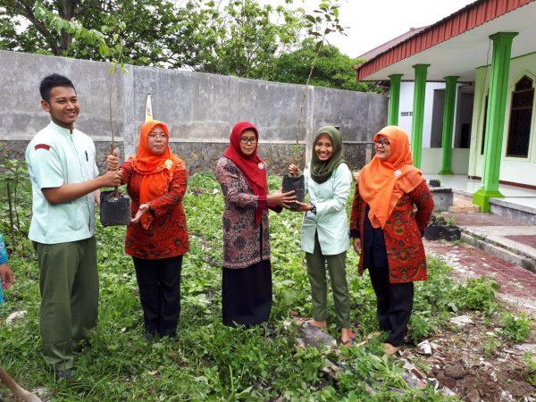 Menuju Kampus Hijau Di Kota Reyog