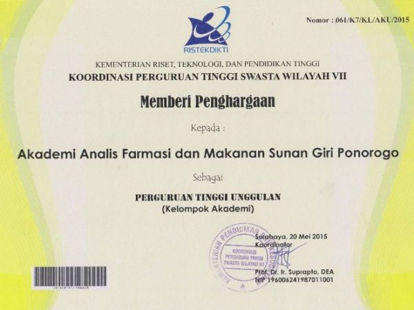 AKAFARMA Sunan Giri Ponorogo sebagai Kampus Unggulan KOPERTIS VII