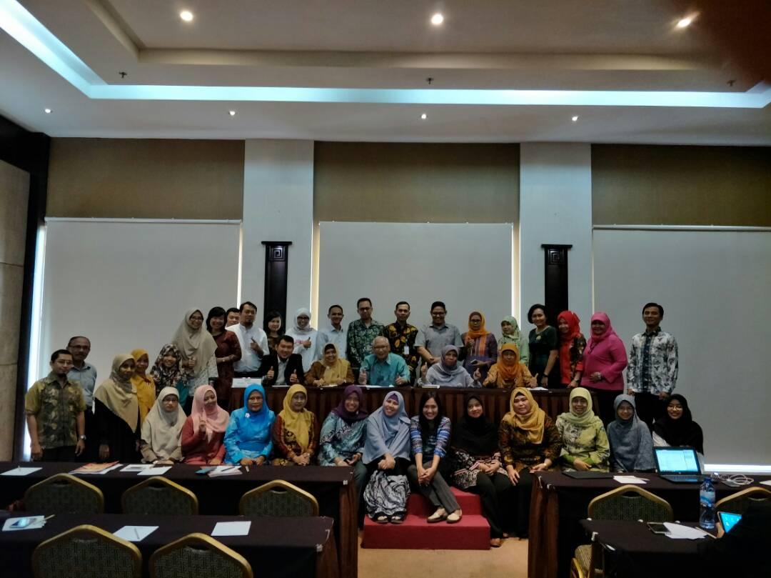 Koordinasi Uji Kompetensi Diploma Farmasi di TMII