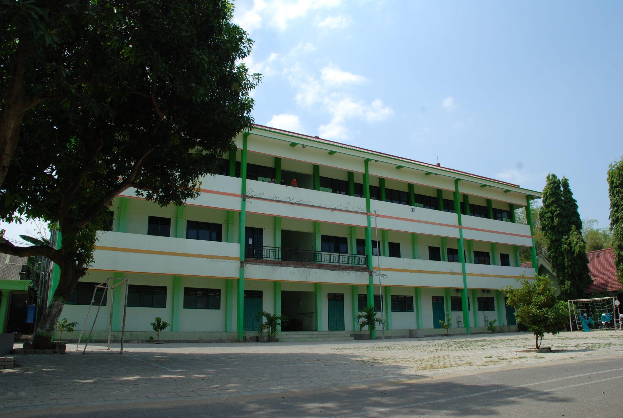 Ruang Perpustakaan pindah ke Lantai II Gedung baru