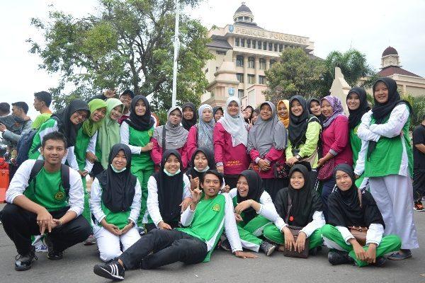 Jalan Sehat Dalam Rangka Peringatan HKN ke 52